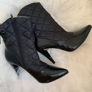 Shoes - Black heel boots